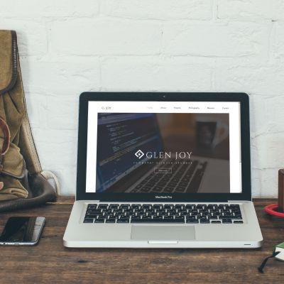 fidznet-design-logo-glenjoy-laptop-400